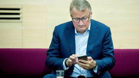 De bankene som fortsatt er i markedet om ti år, jobber og tenker allerede i dag som teknologibedrifter. Slik sett er teknologien et mål i seg selv, også innen finans, skriver artikkelforfatteren. Her konsernsjef Rune Bjerke i DNB.