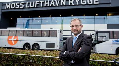 Daglig leder Knut R. Johannessen i Rygge Airport vil ikke snakke om hvorfor avtalene om ny flyplassdrift på Rygge ikke er på plass. Ifølge dagens operatør av flyplassen er grunnen at selskapet ikke har gitt et bud.