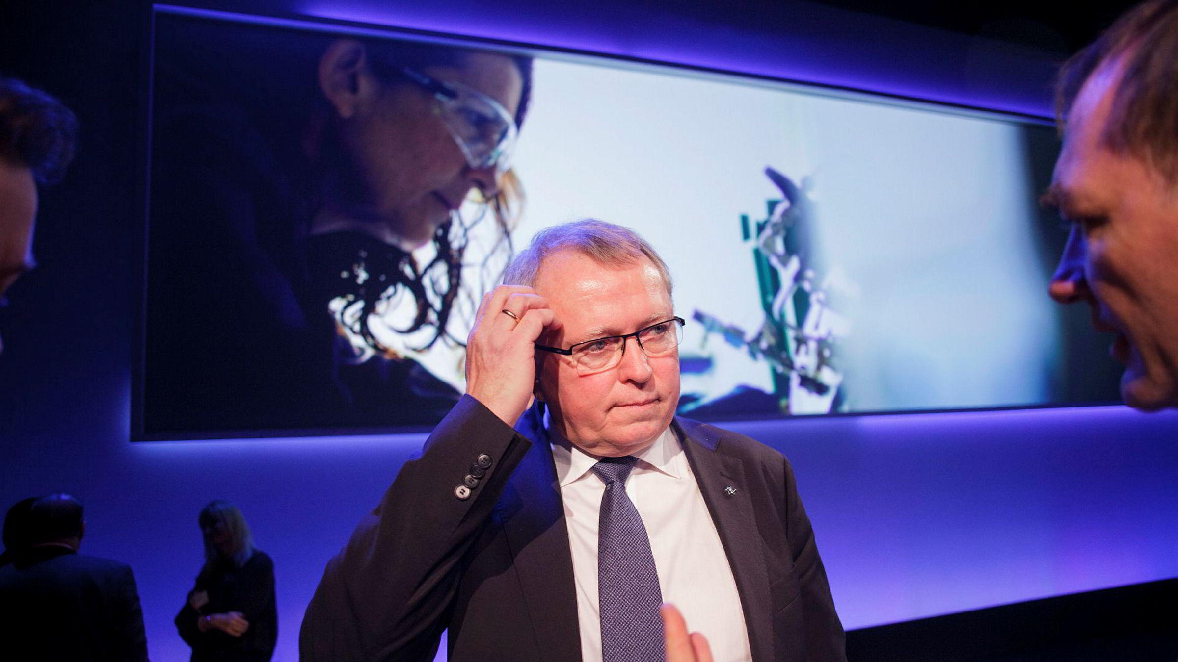 Konsernsjef Eldar Sætre i Statoil er bekymret for at flere oljegiganter forlater norsk sokkel.