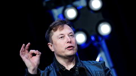 Elon Musks Tesla bidro til det kraftige børsfallet tirsdag.