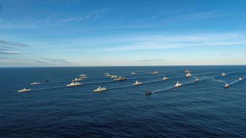 Den største Nato-øvelsen siden den kalde krigen ble gjennomført langs Norskekysten høsten 2018. Over 60 krigsfartøy deltok, og samtlige Nato-land var representert inkludert Sverige og Finland.