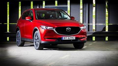CX-5 har vært en gigantisk suksess for Mazda. Den nye bilen fjerner seg ikke for mye fra utgangspunktet.