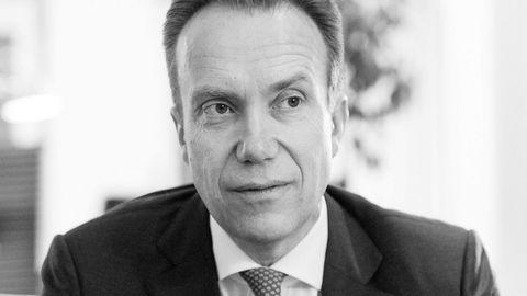Regjeringen og utenriksminister Børge Brende vil flytte Fredskorpset til Førde, det stedet som ifølge UDs egen utredning var det klart dårligste alternativet.