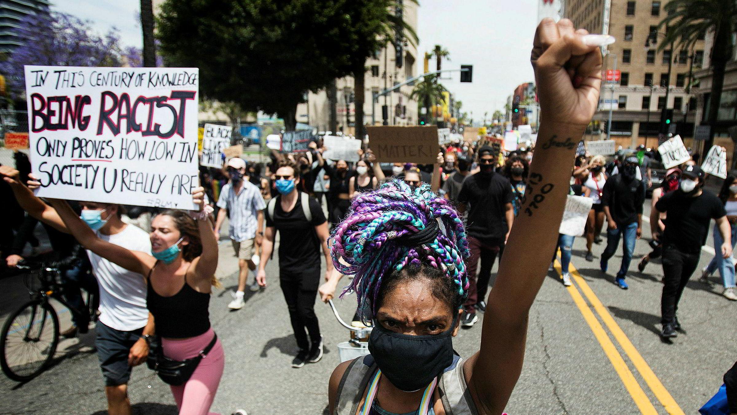 Protestene fortsetter i amerikanske storbyer – her fra Hollywood på tirsdag.