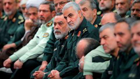 General Qassim Soleimani, som leder en spesialstyrke i den iranske revolusjonsgarden skal være blant de drepte under et angrep på hovedflyplassen i Irak fredag morgen.