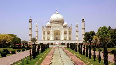 Taj Mahal i Agra, bygd mellom 1630 og 1650, er en av de viktigste turistattraksjonene i India, blir nå gjenåpnet.