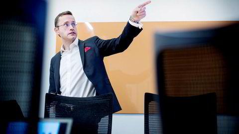 Administrerende direktør Snorre Storset i Nordea Norge varsler at banken sier nei til flere boliglånskunder om gjeldsgraden er for stor. Bankens utlånsvekst har stoppet opp i vinter.