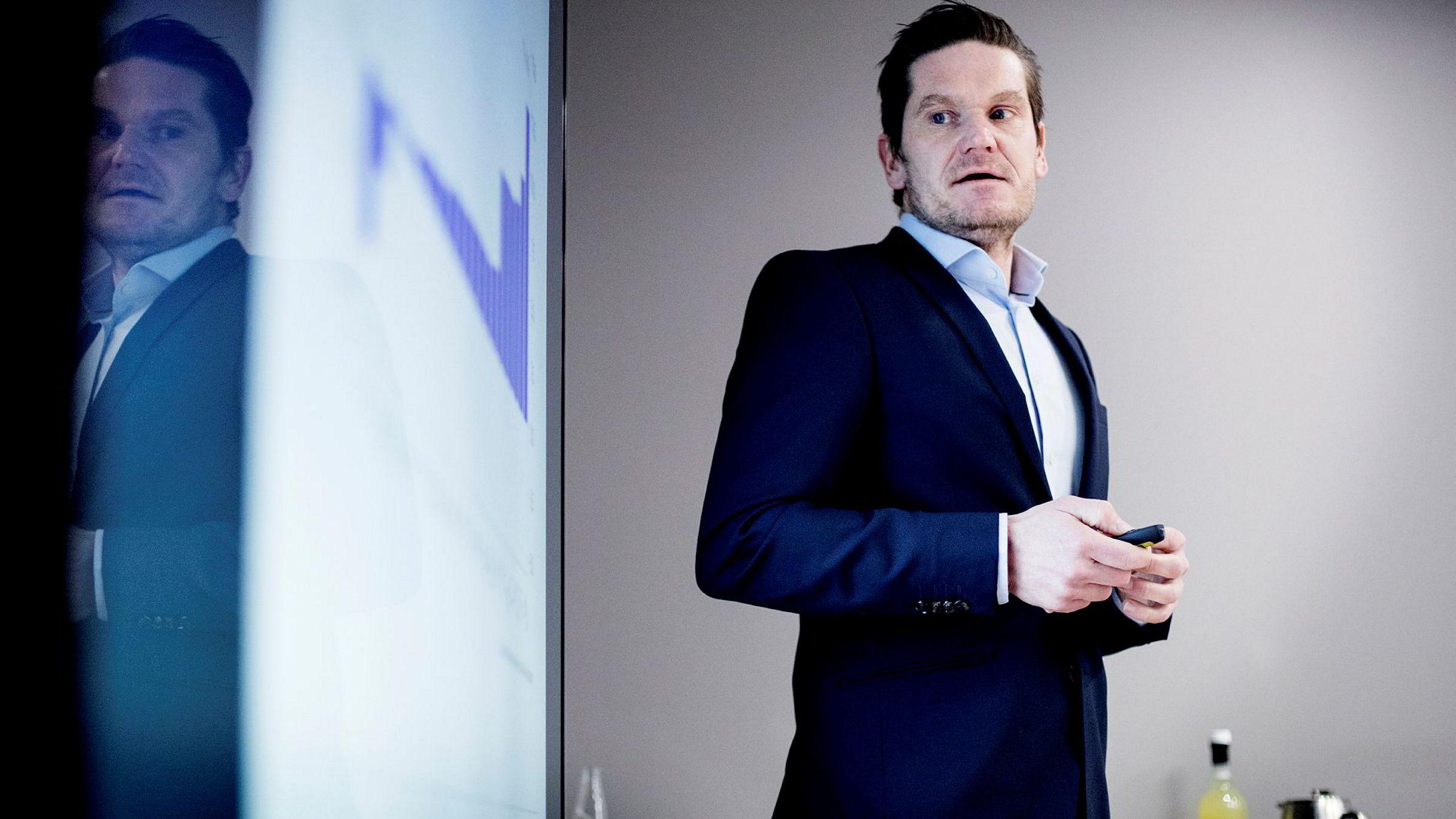 – Vi må nok regne med litt humpete utvikling fremover, advarer sjeføkonom Kjetil Olsen i Nordea Markets. Her fotografert under en presentasjon tidligere i år.