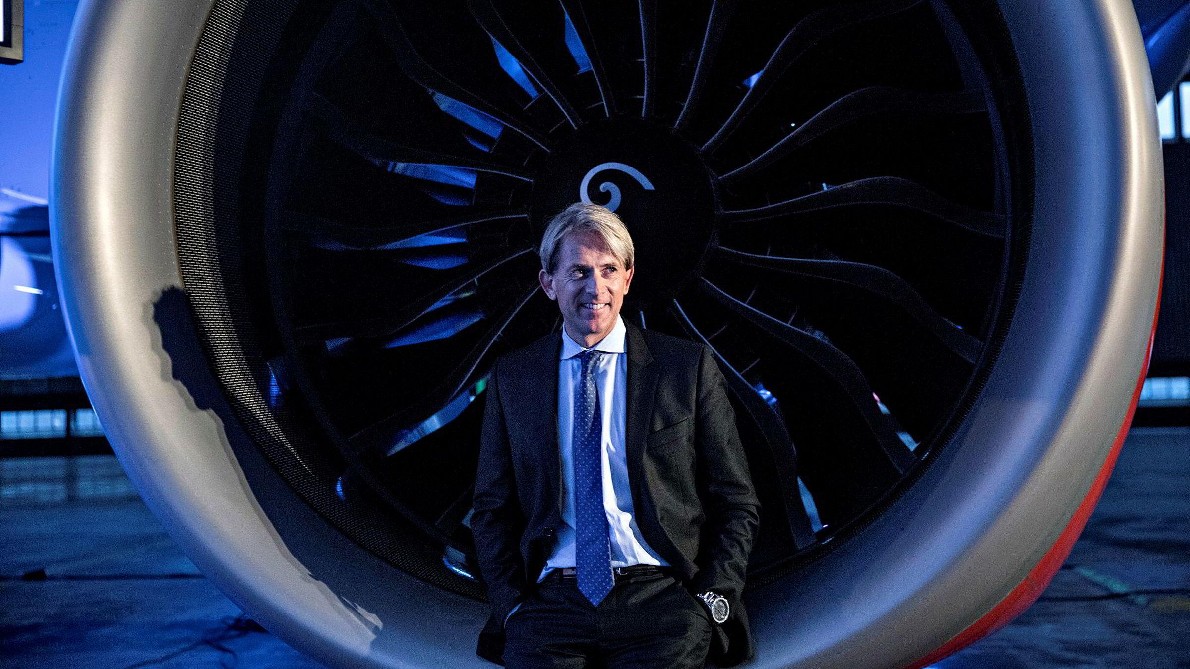 Eivind Roald har jobbet i SAS i seks år. Nå slutter han for å begynne i PE-bransjen.