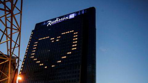 Radisson Blu Oslo Plaza dannet i slutten av mars et hjerte i vinduene på sitt hotell.