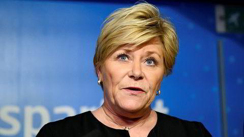 Siv Jensen er nå tilbake på Stortinget. Her er hun på pressekonferansen der Frp varslet at partiet gikk ut av regjering.