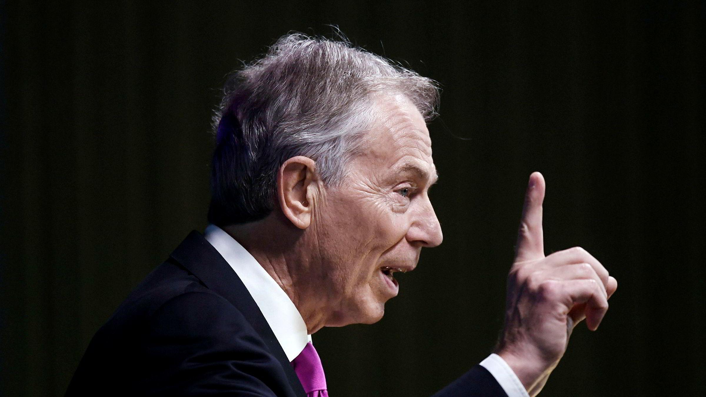 Tidligere statsminister i Storbritannia Tony Blair oppfordret nylig britiske velgere til å revurdere EU-utmeldelsen.