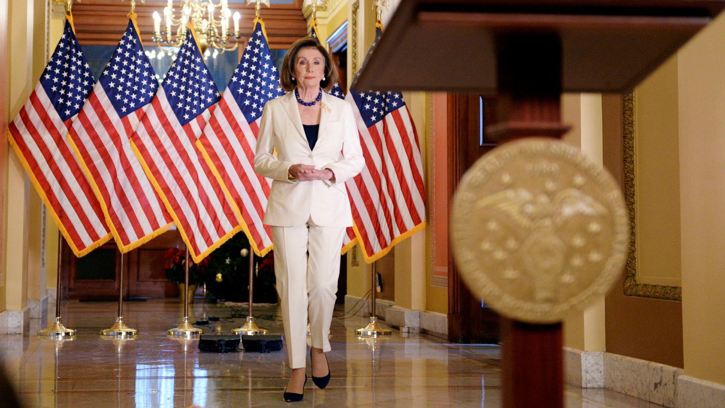 Speaker Nancy Pelosi kunngjorde før helgen at det går mot riksrettssak mot president Donald Trump. Trump blir neppe dømt, men regler og normer går en uviss fremtid i møte, mener artikkelforfatteren.