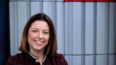 Sarah C.J. Willand fra TV 2 kåres til årets kvinnelige medieleder under et arrangement i Schibsted i Oslo onsdag