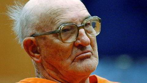 Bidlet er fra januar 2005, da Edgar Ray Killen var i retten i Philadelphia. Killen var tidligere KKK-leder og ble i 1964 dømt for mordene på tre borgerrettighetsforkjempere. Han døde i fengsel, 92 år gammel.