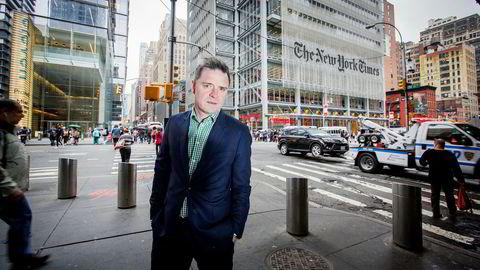 Aftenpostens sjefredaktør Espen Egil Hansen er i New York for å delta på mediekonferansen, INMA World Congress. Her utenfor The New York Times' lokaler på Manhattan.