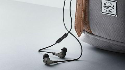 Støydempende ørepropper er et mer hendig alternativ til støydempende hodetelefoner.
