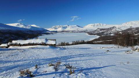 Siden 70-tallet har noen av Midt-Norges mest populære langrennsløyper blitt kjørt langs vannet i Gjevilvassdalen. Nå ønsker fem grunneiere å brøyte bort hele løypen.