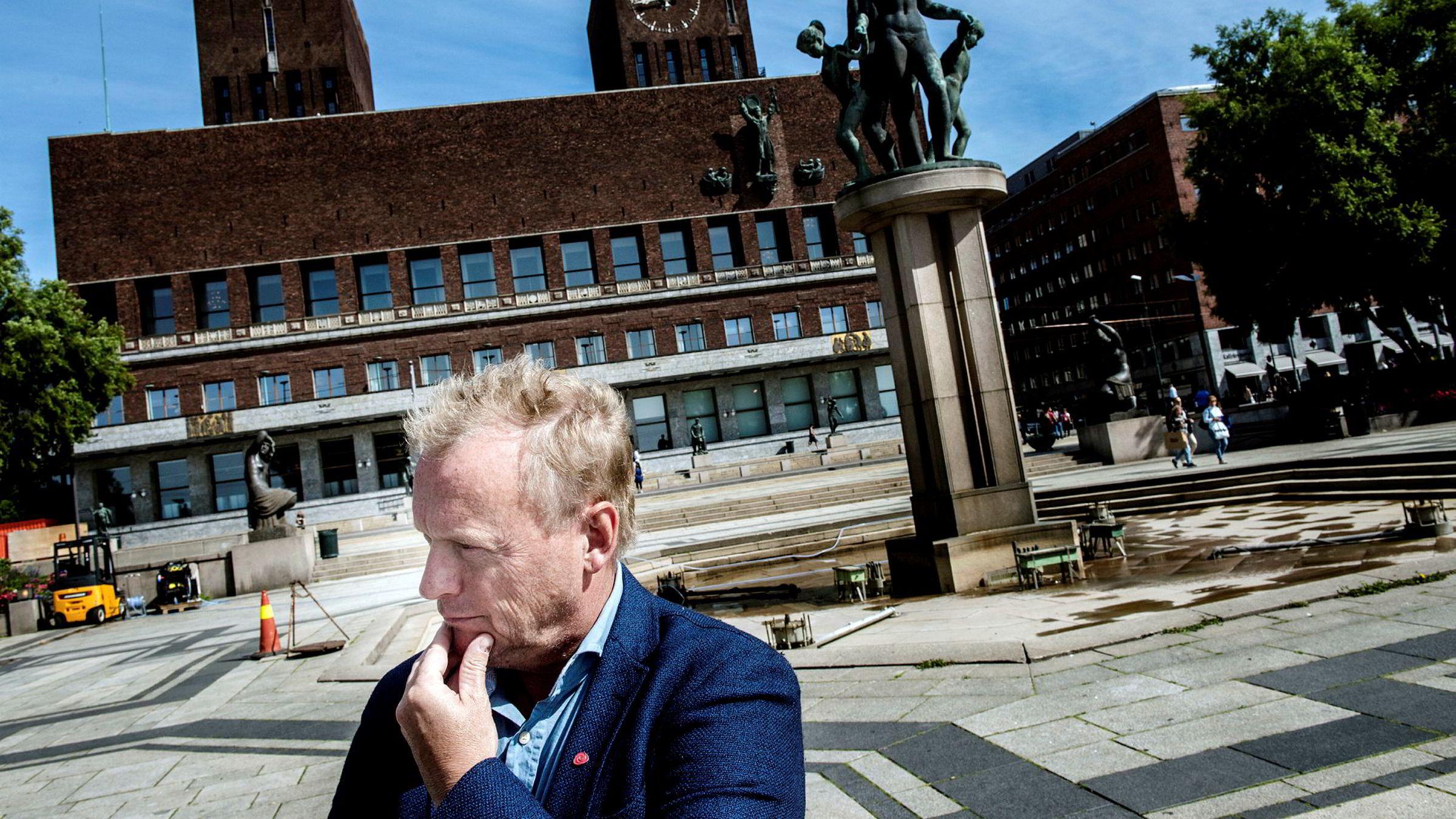 «Det som har fremkommet i DN denne helgen er svært alvorlig», skriver Raymond Johansen, byrådsleder i Oslo, i en epost til Dagens Næringsliv.