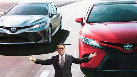 Toyota-sjef Akio Toyoda lover fortsatt å investere tungt i USA de neste årene.