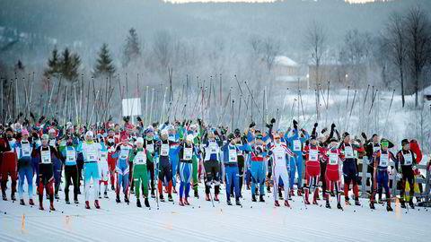 I 2015 startet Holmenkollmarsjen innerst i Sørkedalen i Oslo. Rennet er nå tilbake i vanlig trasé etter at rennet i 2016 gikk i anlegget i Holmenkollen og i fjor i en endret trasé på grunn av dårlige snøforhold.
