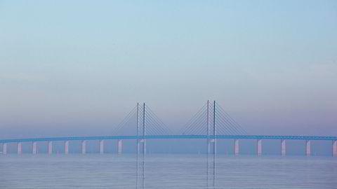 Åpningen av Øresundsbroen mellom København og Malmö førte til en stor endring i antallet tilgjengelige jobber for dem som bor i Malmö.
