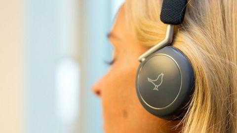 Libratone Q Adapt On-Ear. Libratones første hodetelefoner både ser bra ut og har god lydkvalitet.