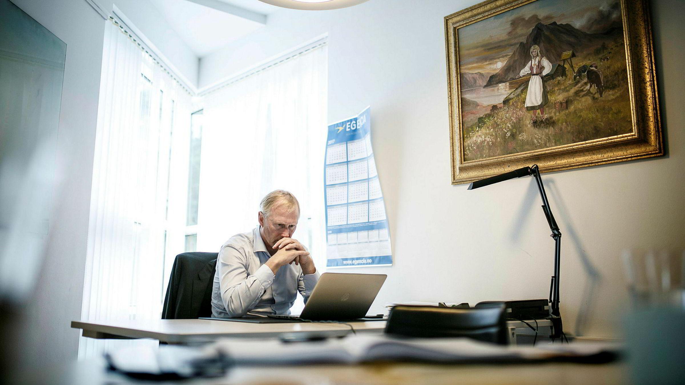 Synnøve Finden-sjef Trond Haug har planene klare for en større utbygging på flytende melkeprodukter i Tines tidligere storanlegg på Tolga. Tine forventer nå sterkere konkurranse på flytende produkter.
