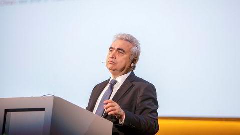 Leder Fatih Birol i IEA presenterte tirsdag morgen byråets såkalte energibibel, «World Energy Outlook», som forsøker å spå utviklingen i energimarkedene i flere tiår fremover.