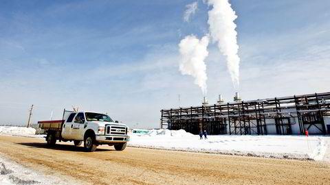 Her i Alberta i Canada har Statoil utvunnet olje fra oljesand ved å pumpe damp ned i undergrunnen for å gjøre tungoljen flytende. Statoil hadde store ambisjoner om å gjøre dette mer energieffektivt.