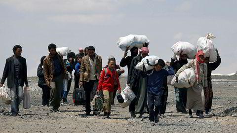Interne flyktninger i Syria på flukt fra Raqqa. Bildet er tatt 4. mai 2017.