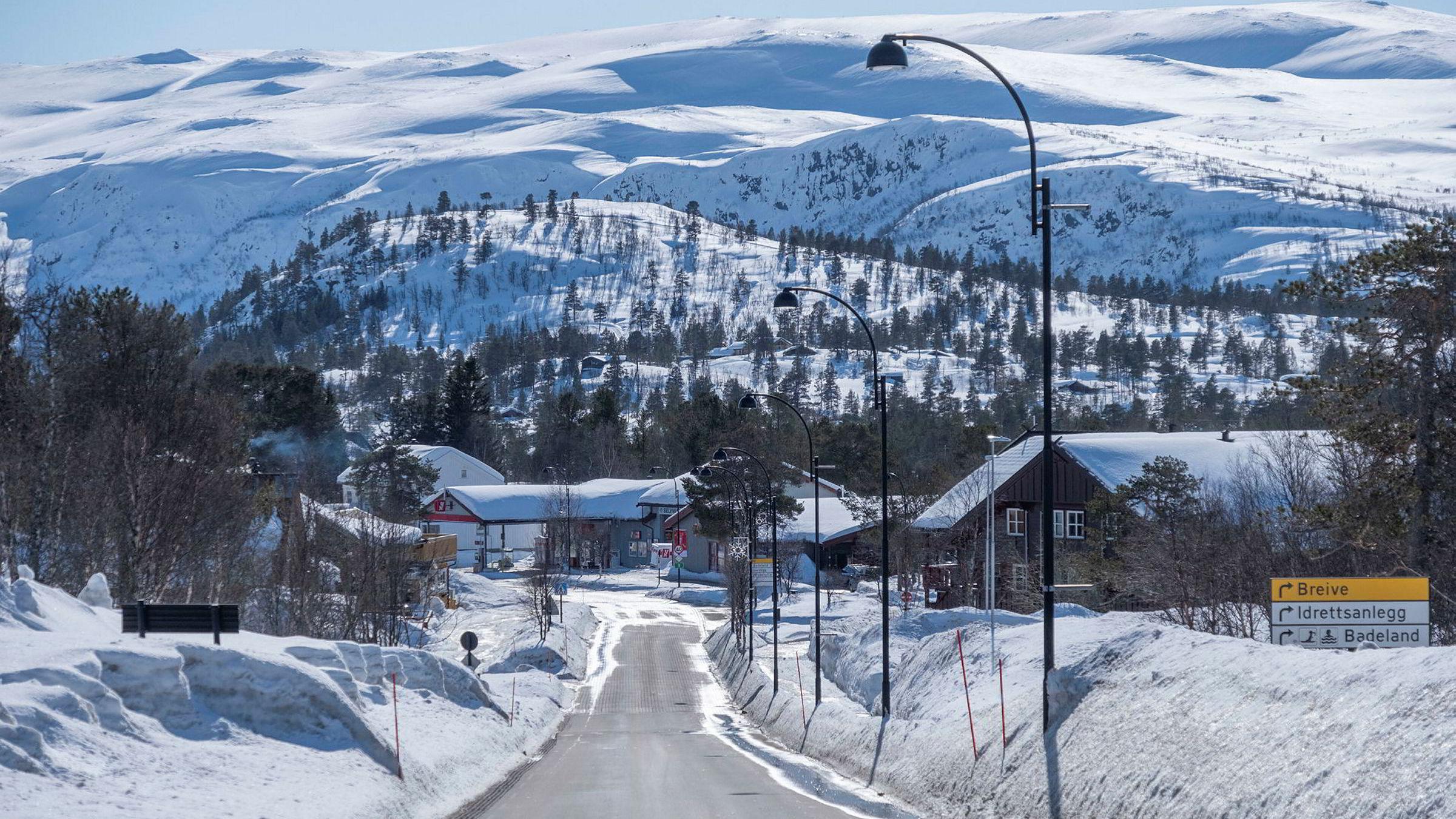 Forbudet mot å dra på hytta har ført til lite trafikk i de populære hytteområdene i landet, som her på Hovden i Setesdal.