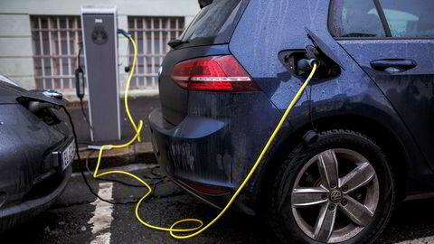 Produksjon av batterier til bruk i elbiler må vokse voldsomt. De fornybare energiteknologiene er svært mineralintensive, skriver Tina Bru i innlegget.