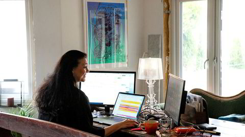Med hjemmekontor unngår man tre av de største produktivitetstyvene: rushtid, unødvendige møter og ledere som er litt for glade i å være involvert, skriver Christian Braathen. Illustrasjonsfoto.