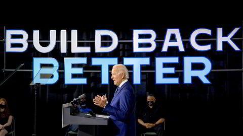 Demokratenes presidentkandidat og tidligere visepresident Joe Biden leder over president Donald Trump i tre delstater, viser en måling fra Fox News.