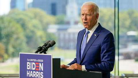 Presidentkandidat Joe Biden forsøker å overbevise flere republikanske senatorer om å vente med utnevnelsen av ny høyesterettsdommer til etter presidentvalget 3. november.