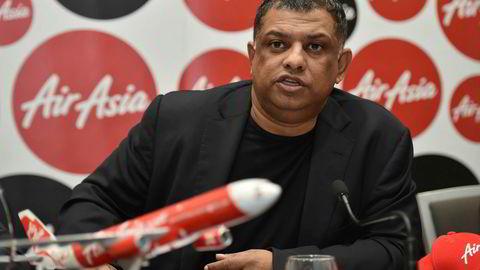 Den farverike grunnleggeren av AirAsia, Tony Fernandes, trakk seg som konsernsjef for flyselskapet tidligere i år i forbindelse med en korrupsjonsetterforskning. Nå kan livsverket kollapse.