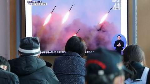 Nord-Korea har på nytt sendt opp raketter, melder det sørkoreanske forsvaret. Dette skjer en uke etter at Nord-Korea sist skal ha skutt opp to kortdistanseraketter.