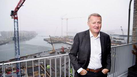 DNB-sjef Rune Bjerke ønsker at banken tiltrekker seg «digitale rockestjerner» og håper på kopi av Vipps.