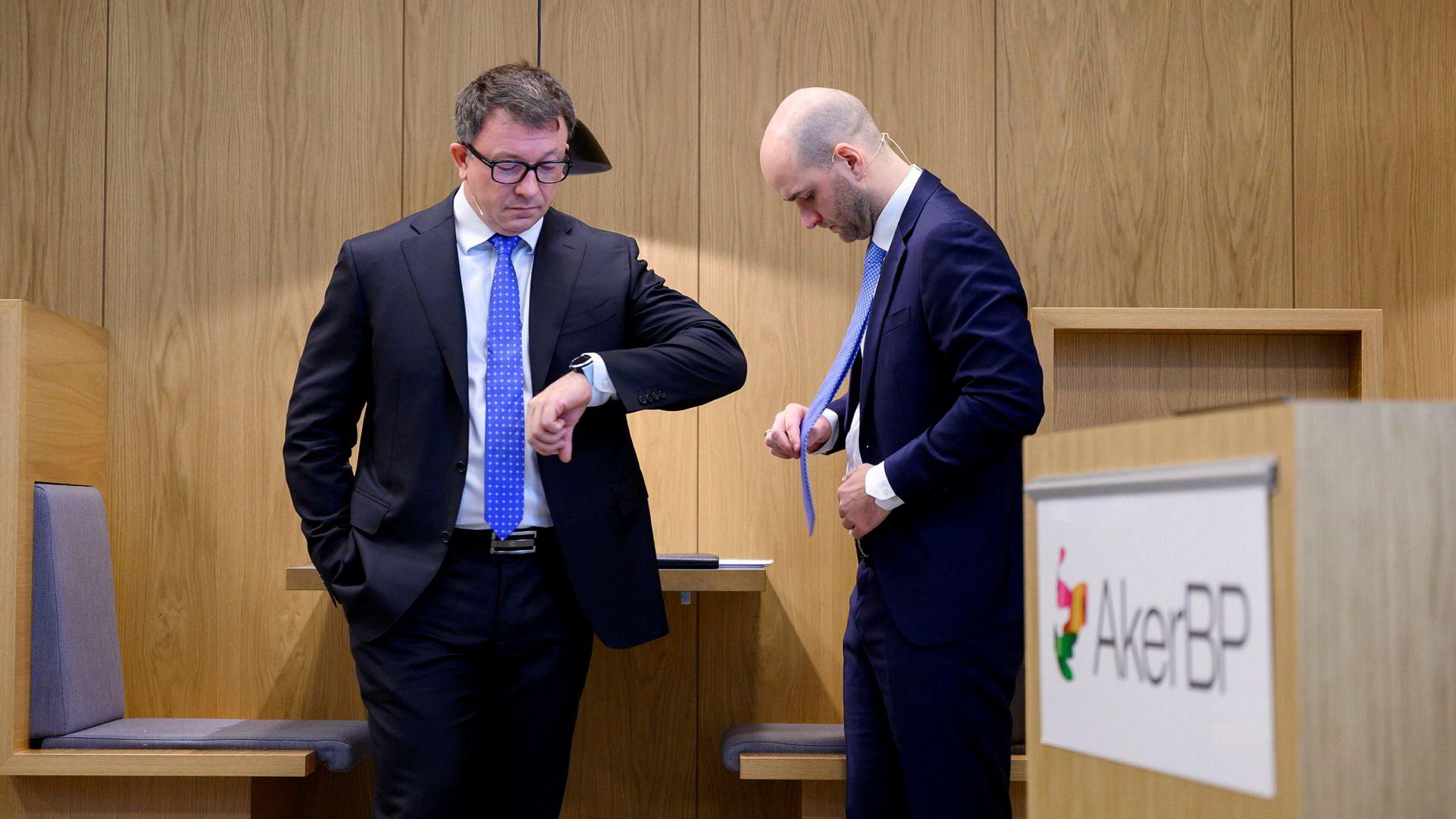 Administrerende direktør Karl Johnny Hersvik (til venstre) og finansdirektør David Torvik Tønne i Aker BP.