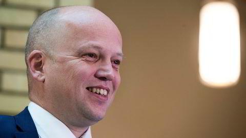 Senterpartiet foreslår å innføre lavere selskapsskatt for bedrifter i distriktene. Sp-leder Trygve Slagsvold Vedum.