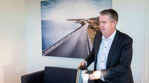 Administrerende direktør Frode Hebnes i Bilia solgte færre nye biler i fjor, men reddet selskapet inn med økt inntjening på bruktbiler.