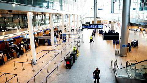 Danmark kan gå glipp av milliarder hvis politikerne venter for lenge med å åpne opp for turisme, sier administrerende direktør for Københavns lufthavn.