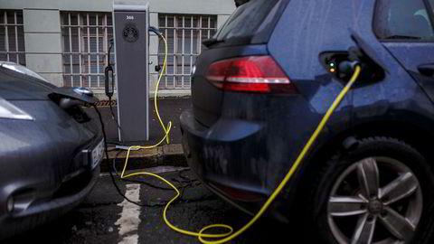Fritak for moms og engangsavgift for nye elbiler i Norge beløp seg til nesten ti milliarder kroner i 2019, ifølge tidligere toll- og avgiftsdirektør Bjørn Røses beregninger.