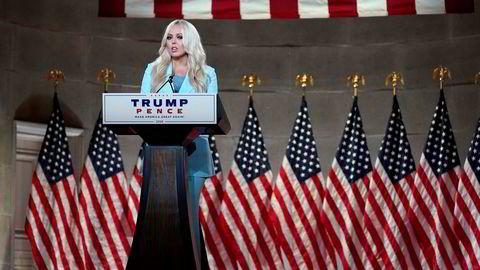 Tiffany Trump anklaget i sin tale på Republikanernes landsmøte medier og teknologiselskaper for å være partiske i omtalen av faren, president Donald Trump.