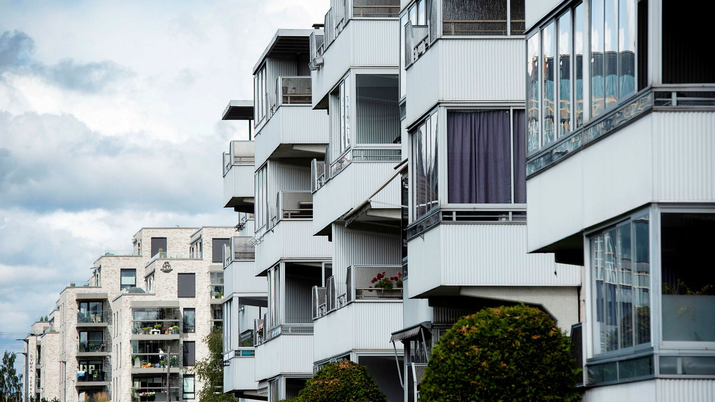 Seniorøkonom Marius Gonsholt Hov i Handelsbanken Capital Markets venter boligprisvekst i Oslo fremover. (Arkivfoto av leiligheter på Lambertseter i Oslo.)