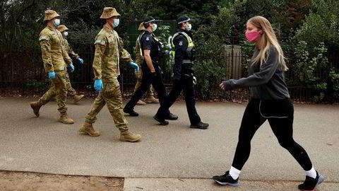 Det siste døgnet er blitt registrert 532 nye smittetilfeller og 6 dødsfall knyttet til det seneste koronautbruddet i delstaten Victoria i Australia.