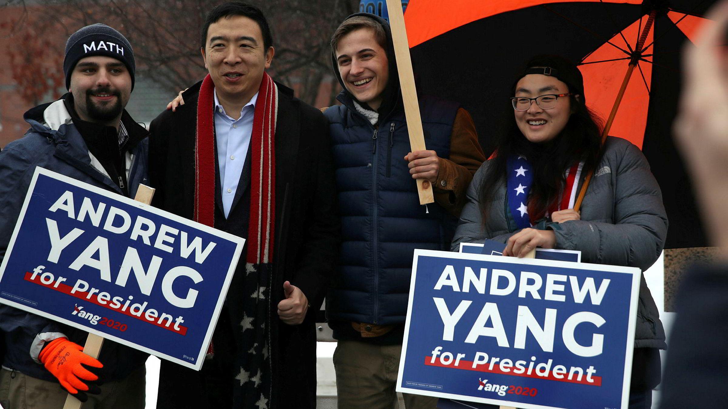 Forretningsmannen Andrew Yang melder seg ut av kampen om å bli Demokratenes presidentkandidat til høstens valg.