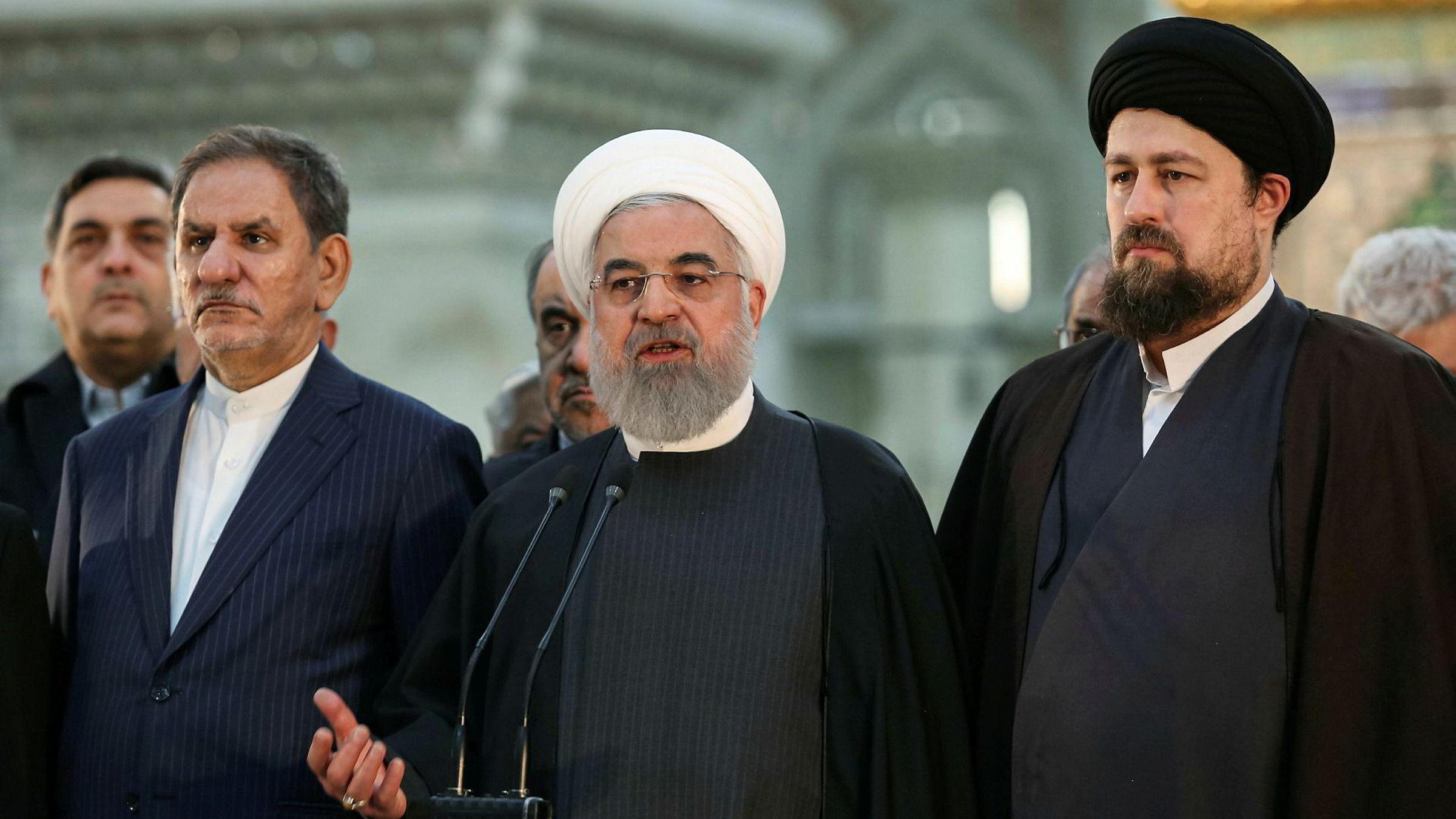 21. februar går iranerne til urnene. Da blir det nok et oppgjør mellom konservative og mer moderate krefter i Iran.