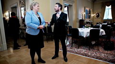 Flere Høyre-topper er uenige med programkomiteen i Høyre som ledes av Torbjørn Røe Isaksen. Her sammen med partileder Erna Solberg. Bildet er fra 2014. Foto: Anette Karlsen/NTB Scanpix